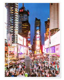 Póster  Times square at night illuminated by neon lights, New York city, USA - Matteo Colombo