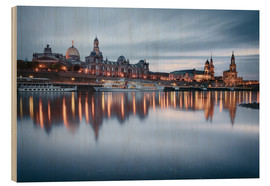 Cuadro de madera  Dresden old town at the blue hour - Philipp Dase