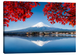 Lienzo  Mount Fuji at the lake Kawaguchiko in Japan - Jan Christopher Becke