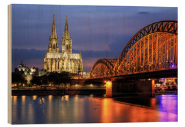Cuadro de madera  Cologne Cathedral and Hohenzollern Bridge at night - Oliver Henze