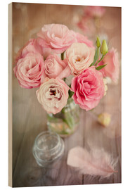 Madera  Romantic rose bouquet with feather