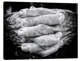 Lienzo  Hands of an old man