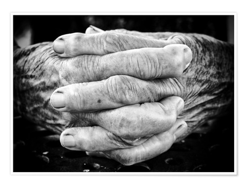 Póster Hands of an old man