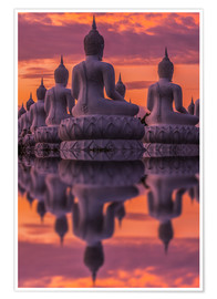 Póster Buddha statues at sunset