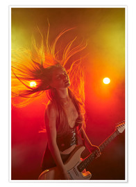 Póster  Rock girl playing the electric guitar