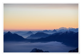 Póster Distant mountain layers at sunrise. View from Brienzer Rothorn over swiss alps