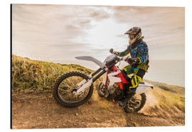 Cuadro de aluminio  Enduro rider on the coast