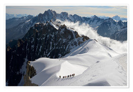 Póster  Mountaineers and climbers, Aiguille du Midi, Mont Blanc Massif, Chamonix, Haute Savoie, French Alps, - Peter Richardson