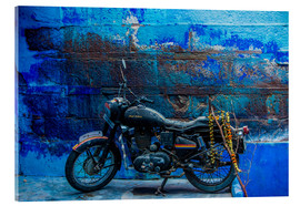 Cuadro de metacrilato  Motorcycle parked on the street of Jodhpur, the Blue City, Rajasthan, India, Asia - Laura Grier