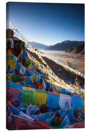 Lienzo  Valley at sunrise with prayer flags, Tibet - Matteo Colombo