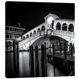 Lienzo  VENICE Rialto Bridge at Night - Melanie Viola