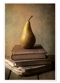 Póster Still life with pile of book and pear