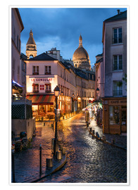 Póster  Street in Montmartre with Basilica of Sacre Coeur, Paris, France - Jan Christopher Becke