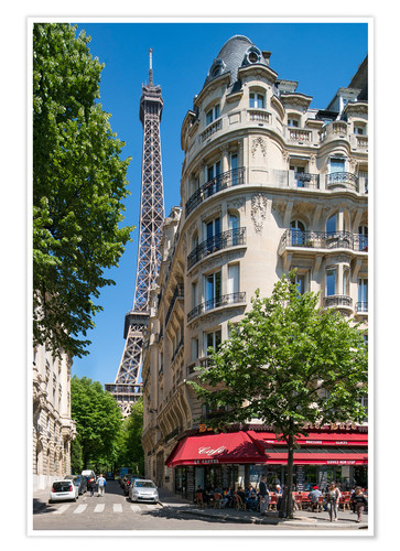 Póster Eiffel tower with street cafe in Paris, France