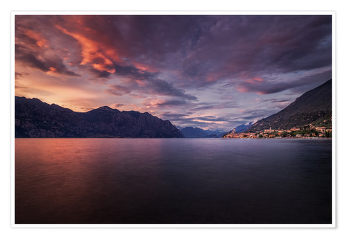 Póster Sunset at Lake Garda with view on Malcesine