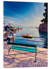 Metacrilato  Bench on the coast of Garda in Peschiera