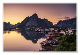 Póster Sunset in Reine, Lofoten, Norway