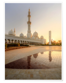 Sheikh Zayed mosque in golden robe