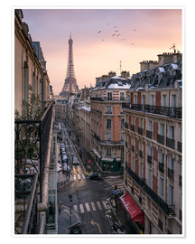 Póster  Street in Paris with Eiffel tower at sunset - Jan Christopher Becke