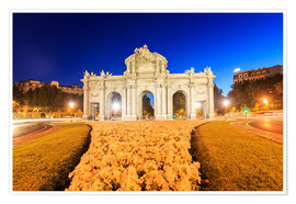 Póster  Night view of the famous Puerta de Alcala