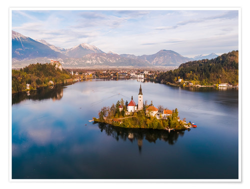 Póster Lake Bled and island in autumn, Slovenia