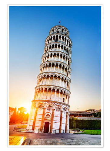 Póster The leaning tower at dusk