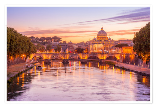 Póster Skyline of Rome in a magenta dawn