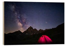 Cuadro de madera  Glowing camping tent under starry sky on the Alps - Fabio Lamanna