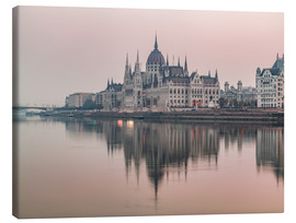 Lienzo  Colourful sunrises in Budapest - Mike Clegg Photography