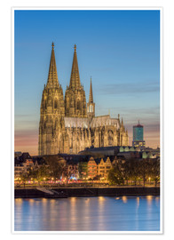 Póster  The Cologne Cathedral in the evening - Michael Valjak