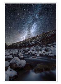 Póster Italy, Piedmont, Cuneo District, Gesso Valley, Alpi Marittime Natural Park, winter starry night on t