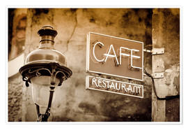 Póster  Cafe sign and lamp post, Paris, France. - age fotostock