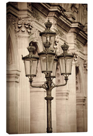 Lienzo  Lamp posts and columns at the Louvre Palace, Louvre Museum, Paris, France. - age fotostock