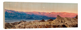 Ann Collins - USA, California, Death Valley National Park, Panoramic view of moon setting at sunrise over Panamint