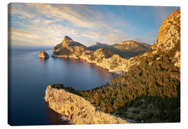 Lienzo  Evening sun at Cap de Formentor, Mallorca - Michael Valjak