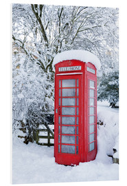 Cuadro de PVC  Traditional British red telephone box covered in winter snow, Snowshill, Cotswolds, Gloucestershire, - Stuart Black