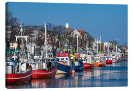 Lienzo  Fishing boats in Warnemuende, Germany - Rico Ködder